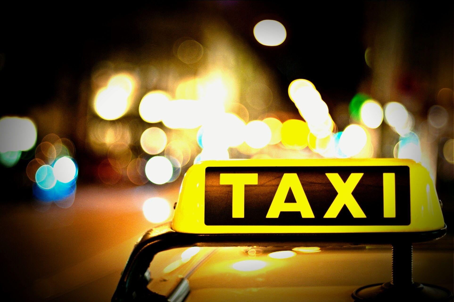 Mơ thấy taxi đánh con gì chắc ăn nhất?