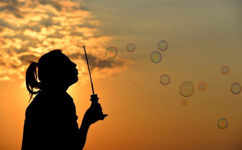 Mơ thấy thổi bong bóng, bóng bay là điềm báo gì?