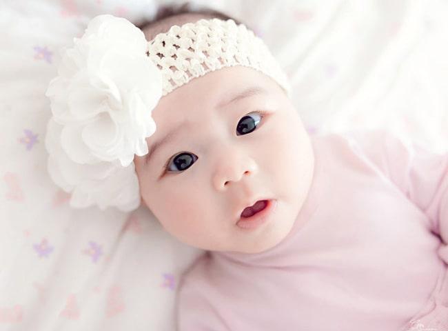 Nằm mơ thấy em bé đang chạy tung tăng có ý nghĩa gì?