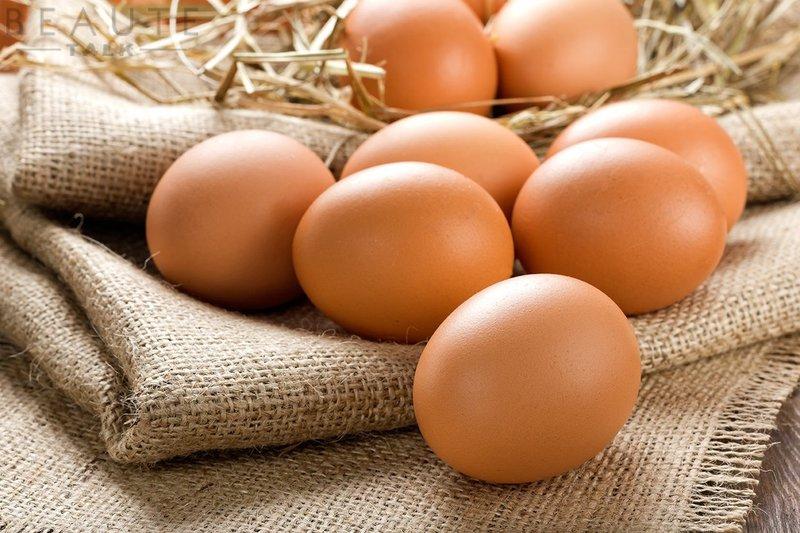 Nằm mơ thấy trứng gà, trứng vịt điềm báo gì, lành hay dữ?