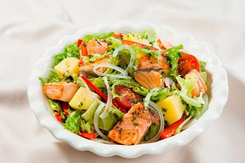 Thông điệp từ giấc mơ thấy salat hàng đầu có ý nghĩa gì?