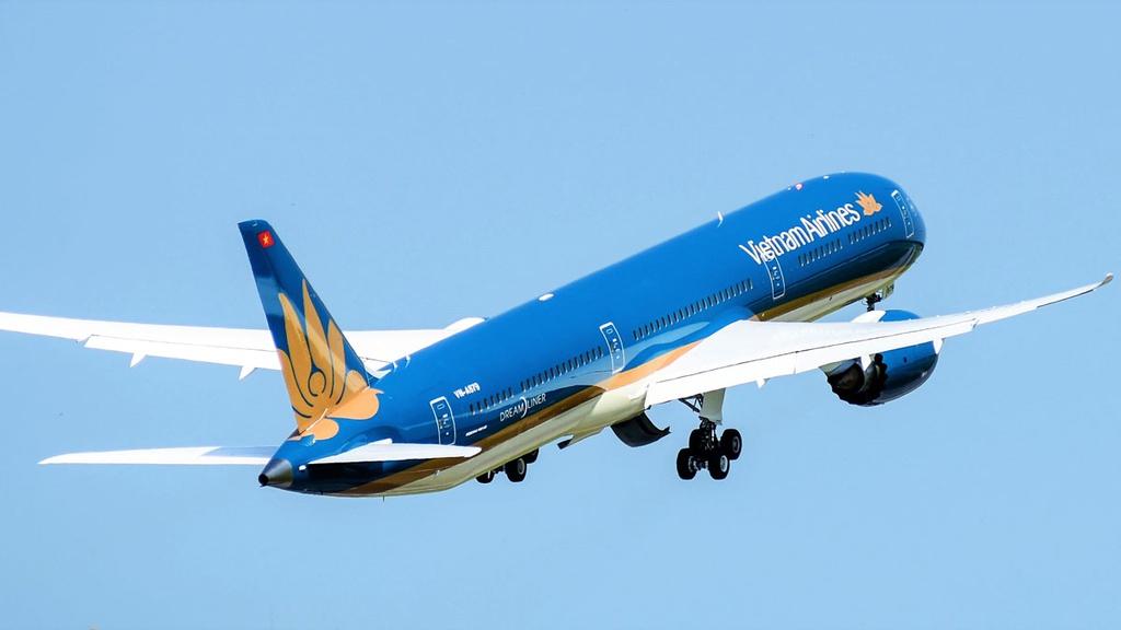 Nằm mơ thấy máy bay cất cánh có ý nghĩa gì? Đánh lô đề gì?